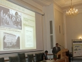 Riaditeľ GlÚ SAV -Igor Broska pri prednáške o histórii, prítomnosti a budúcnosti Geologického ústavu SAV