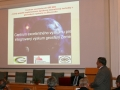 Ján Soták prednáša o Centre excelentného výskumu pre integrovaný výskum geosféry Zeme na Geologickom ústave SAV v Banskej Bystrici